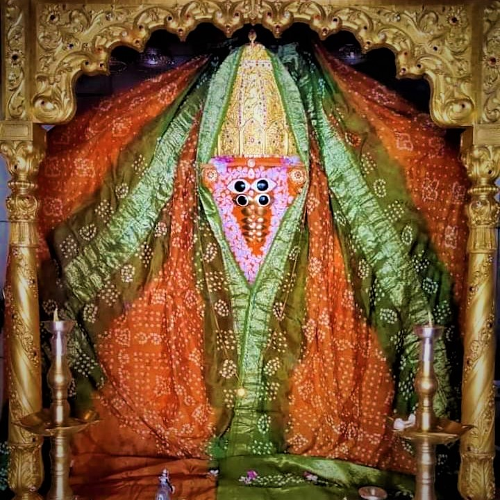 Idol of Desh Devi maa Ashapura