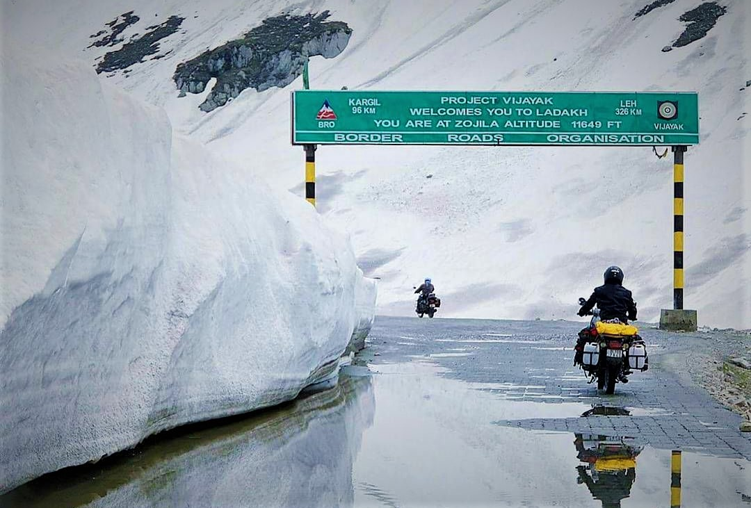 Snow at Zojila Pass in april May